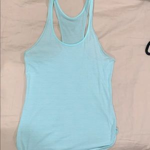 Lululemon size 6 Tiffany blue tank